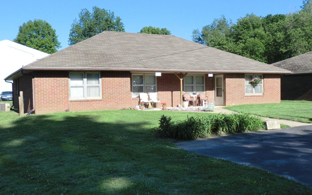 1412 South 38th Place